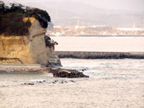 岩と海.jpg