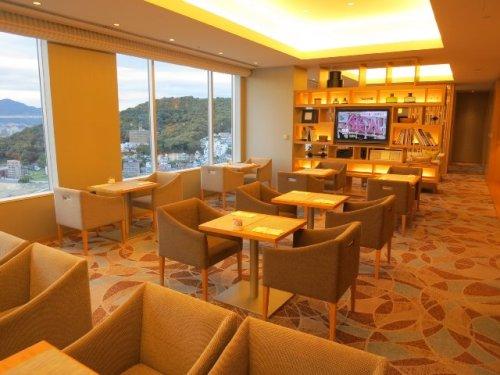 lounge-08.jpg
