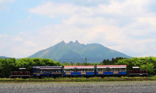 南阿蘇鉄道トロッコ列車.jpg