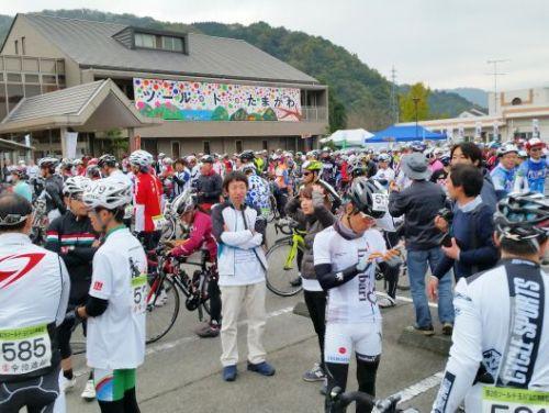 tsuruyama_h271122_05.jpg