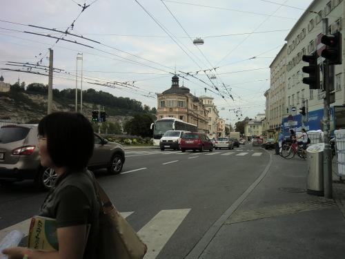 CIMG1585ザルツブルグ旧市街観光.JPG