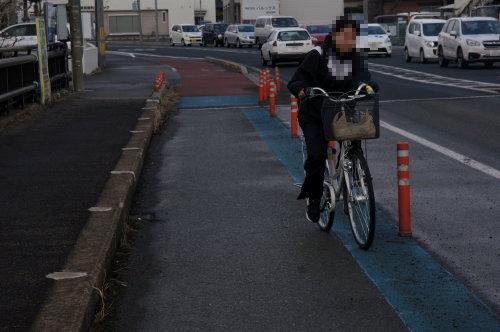 自転車 一方 通行 逆 走
