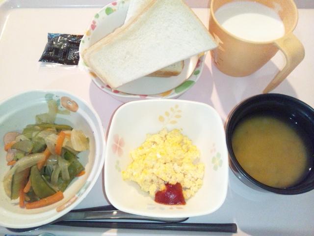 ソーセージと野菜の炒め物