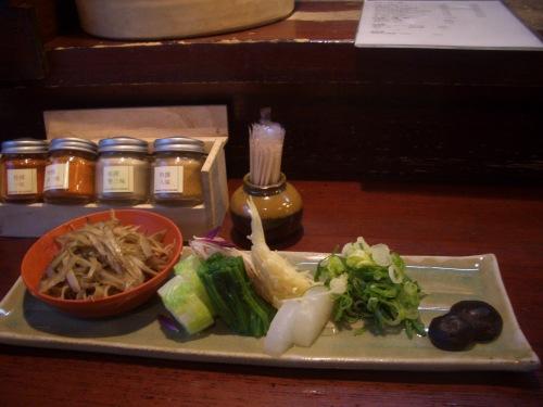 CIMG8693おめんのつけ麺の野菜.JPG