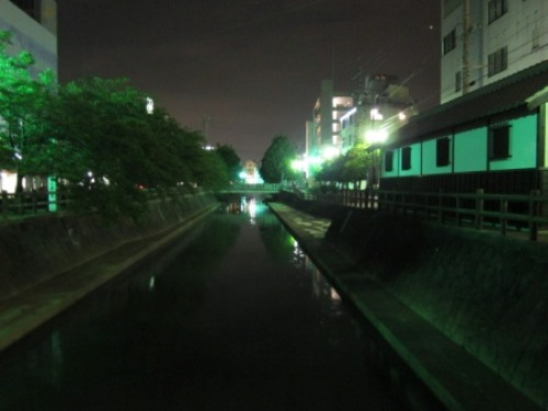 4 水門川トイレ.JPG
