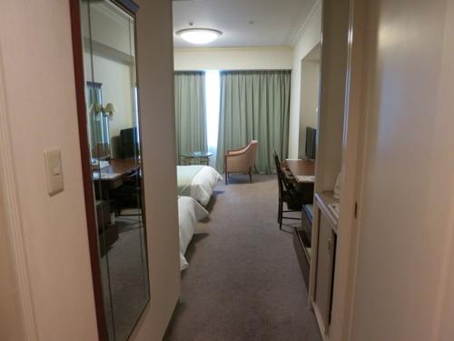 room-01.JPG
