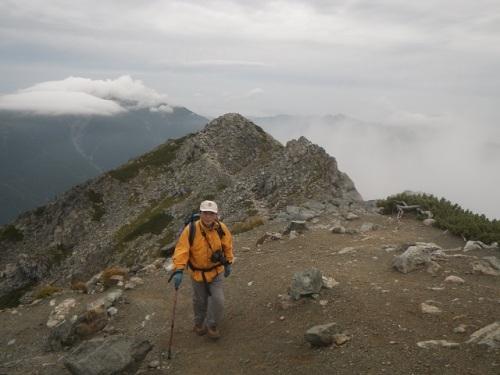 北岳登頂目前2.jpg