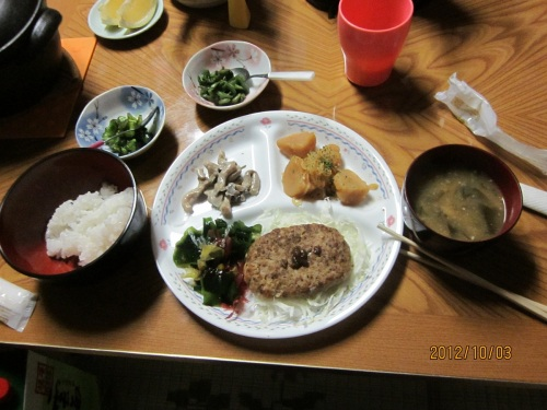 IMG_3377真砂さわロッヂの夕食.jpg