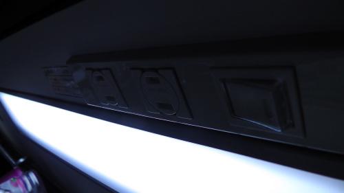 照明点灯時はスイッチは消灯