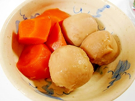 里芋とにんじんの煮物