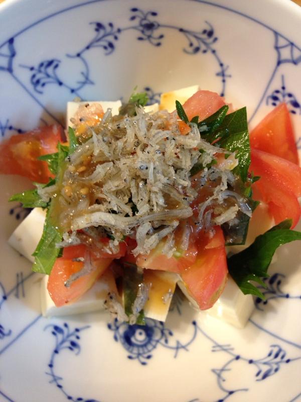 居酒屋風豆腐のじゃこサラダ