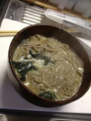 質素でおいしい冬のお蕎麦(^-^)