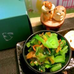 小松菜の高菜漬け炒め