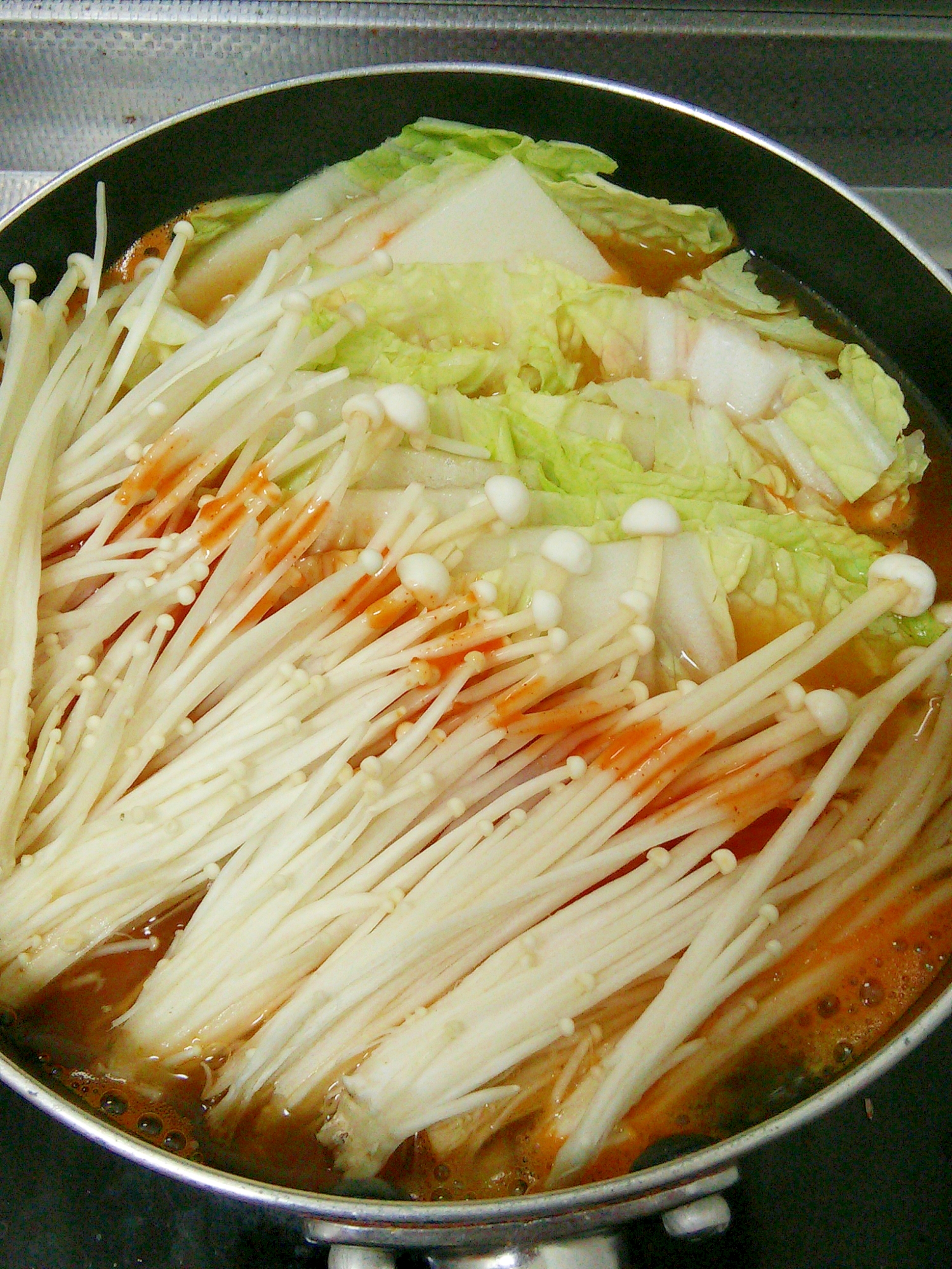 【中華ごま】ヘルシー★えのきと白菜のキムチ鍋 レシピ・作り方