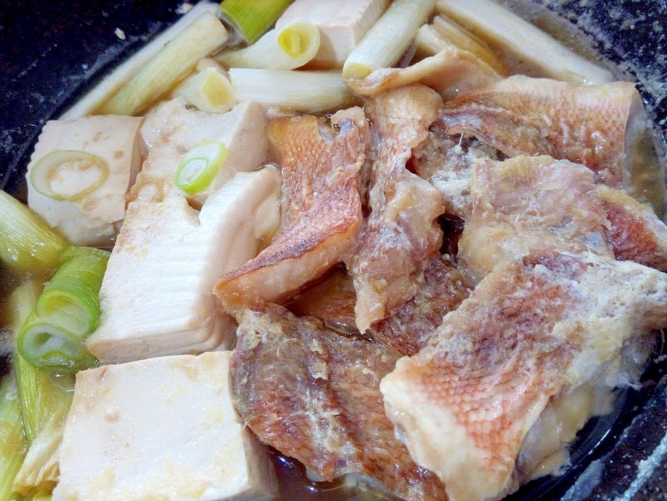 豆腐と長ネギと赤魚の煮付け