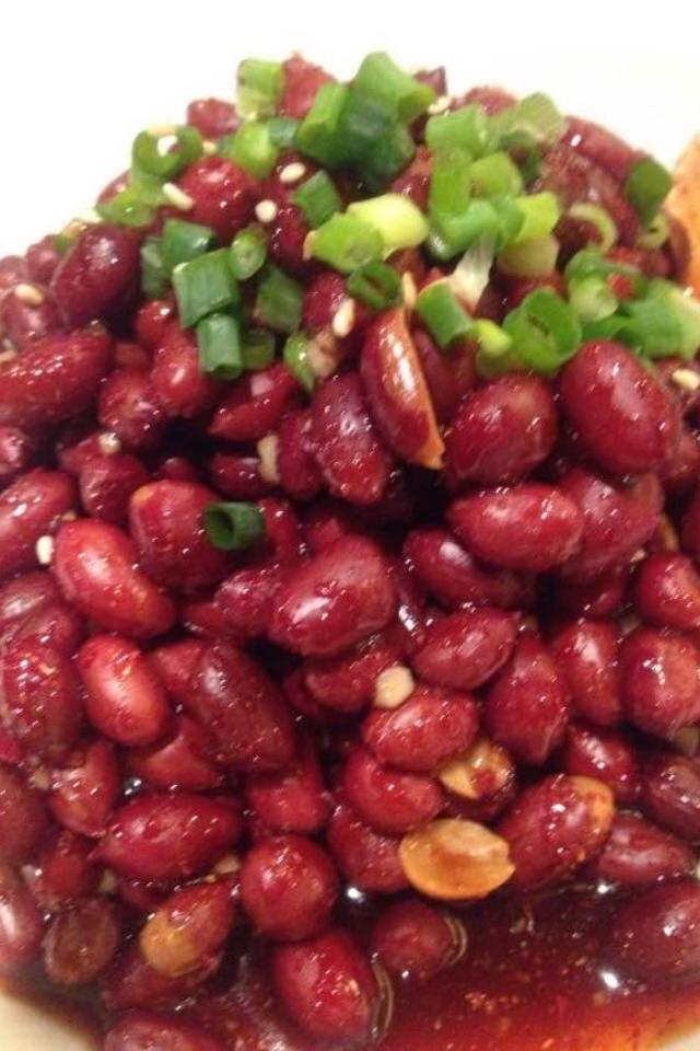 皮付きピーナツの中華風おつまみサラダ