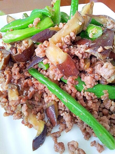 茄子といんげんのピリ辛ひき肉炒め
