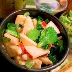 林檎と小松菜の生姜佃煮胡麻マヨ和え