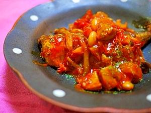 野菜たっぷり♪イワシと大豆のトマト煮込み