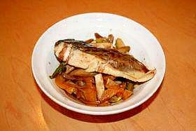 ルクエdeさわらと野菜のバルサミコソース