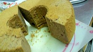 簡単ふんわり基本のココアシフォンケーキ