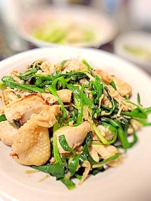 簡単主菜☆塩麹胸肉とニラとエノキ炒め
