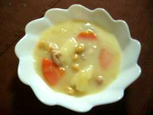 圧力鍋で!大豆と里芋のクリームシチュー