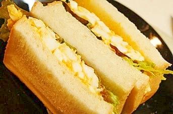 ヨーグルトでヘルシーに、皆大好き卵サンド