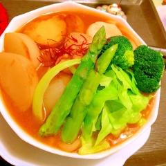 春野菜どっさりのスープカリーうどん