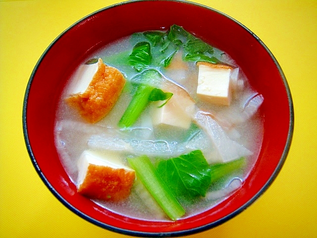 18.厚揚げと小松菜の味噌汁
