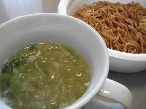 カップ焼きそばのお湯を再利用で中華スープ♪