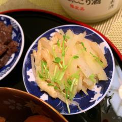 大根皮とお揚げと甘酢生姜のサッと煮