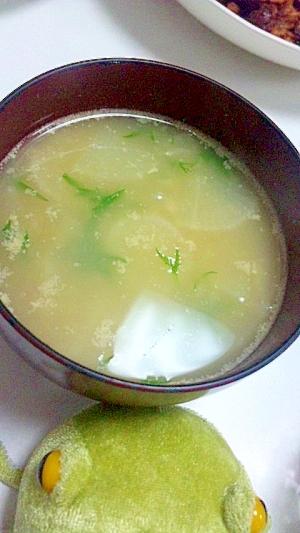 硬い水菜もおいしく★水菜と大根の味噌汁