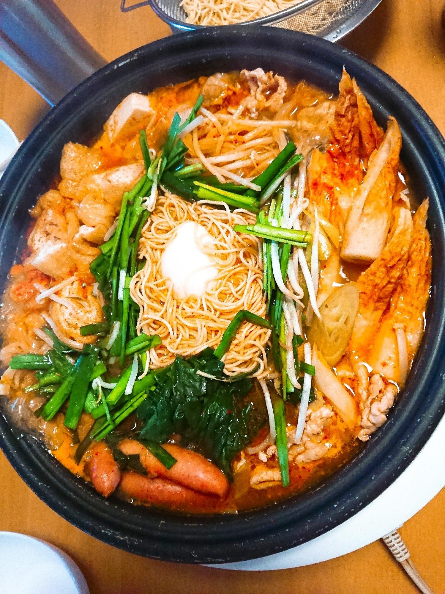 ポトフをホルモンキムチ鍋に(^^) レシピ・作り方