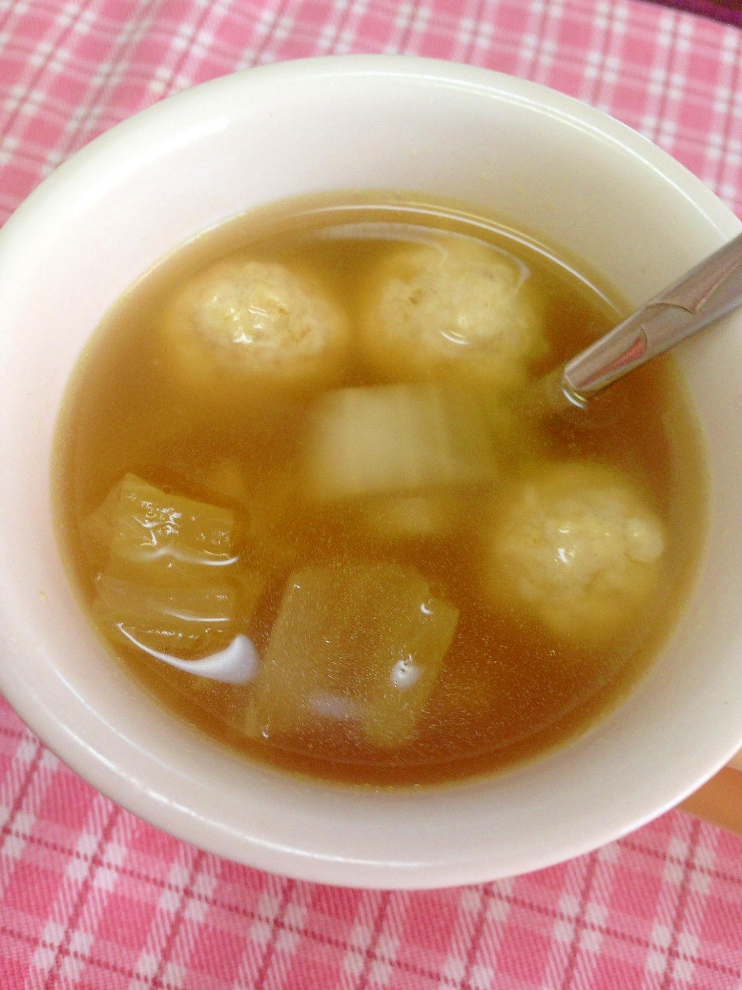 主食級★白菜と鶏肉団子のコンソメ生姜スープ