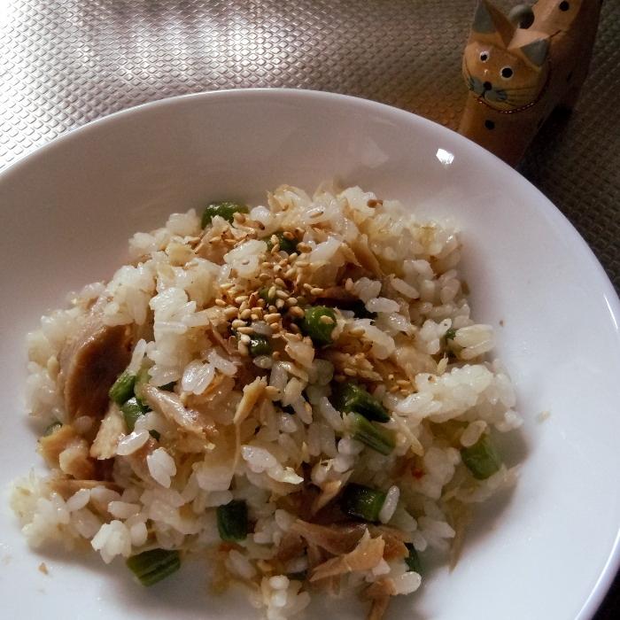 お魚で簡単パラパラ炒飯