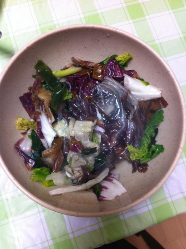 栄養たっぷり☆鶏肉&紫キャベツ&ほうれん草のサラダ