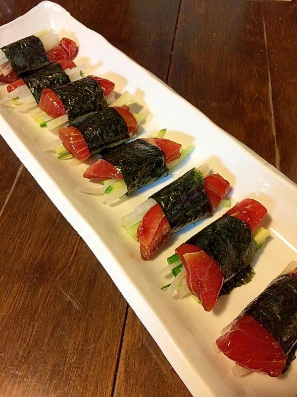 野菜たっぷり&おつまみ☆漬けマグロののり巻き