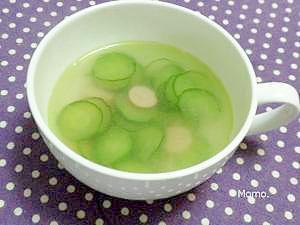 5分で出来る♪きゅうりとソーセージのスープ