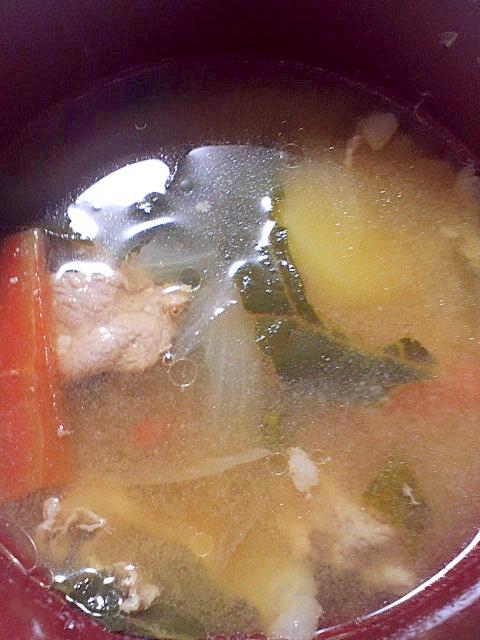 冬もあったか♪豚肉&ねぎ&白菜のみそ汁