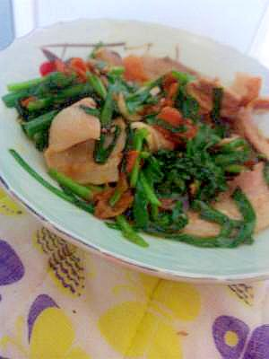 焼肉のタレで簡単☆ニラと豚肉のがっつり炒め