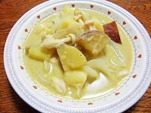 秋の味覚♪サツマイモ&キノコのグリーンカレー