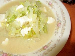 白菜と豆腐のゴマスープ