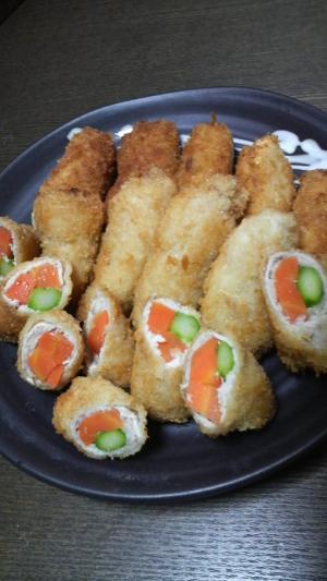 卵不使用☆野菜とお肉のロール豚カツ