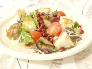 茄子とザクロの温サラダ