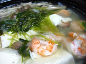 エビと野菜の塩スープ鍋