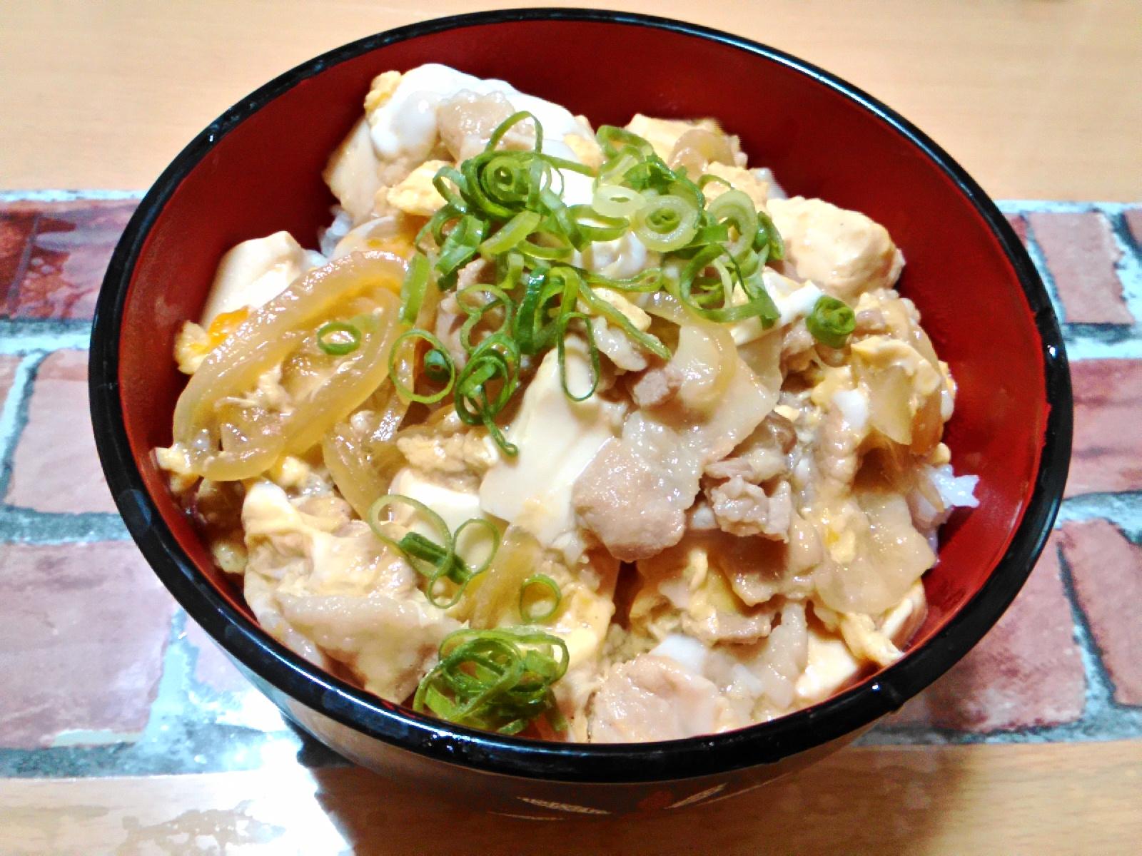 3. めんつゆで!豆腐でカサ増し他人丼