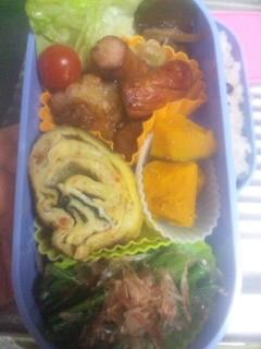 学生の野菜たっぷりお弁当