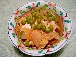 えんどう豆と新玉葱の卵とじ
