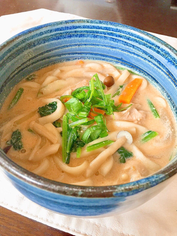 胡麻豆乳うどん★まろやかスープが美味しい♪
